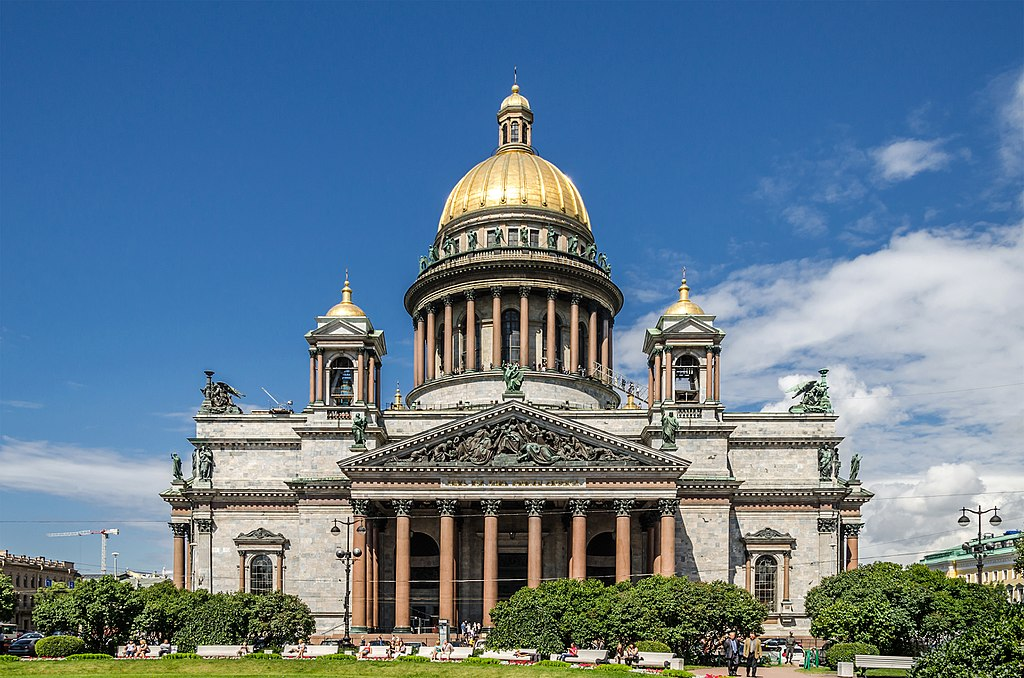 Исаакиевский собор на Исаакиевской площади. Автор фото: Florstein (WikiPhotoSpace)