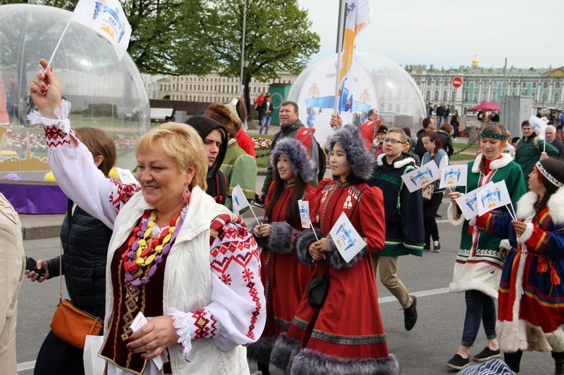 IV Санкт-Петербургский Бал национальностей. Фото: gov.spb.ru