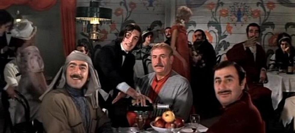 """""""Первая ласточка"""" (Нана Мчедлидзе) 1975, мюзикл, комедия, приключения. Источник фото: https://kinozon.tv"""