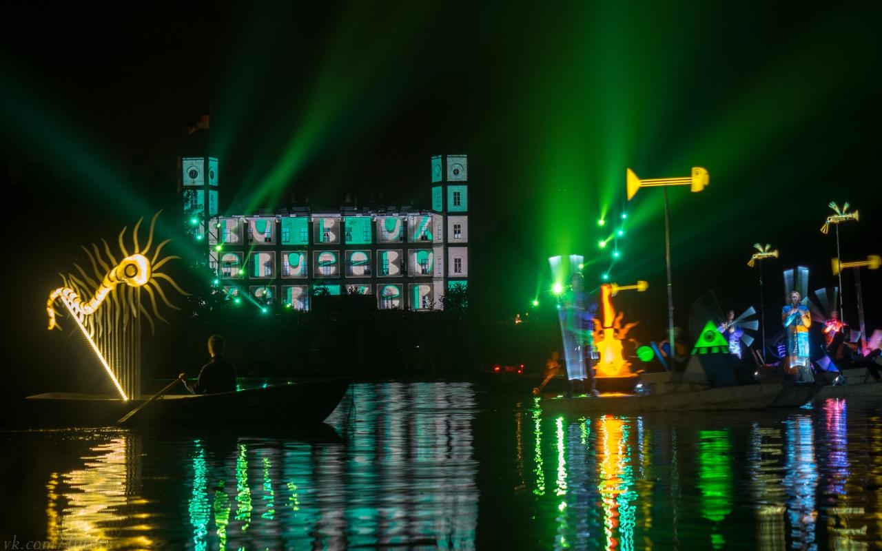 """Международный фестиваль: """"Ночь света — 2019"""" в Гатчинском дворцовом парке"""