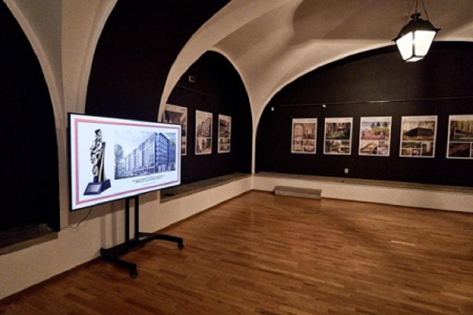 """Выставка """"Архитектура как искусство"""" в Петропавловской крепости"""