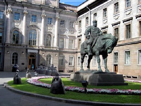 Мраморный дворец. Фото: wikiway.com