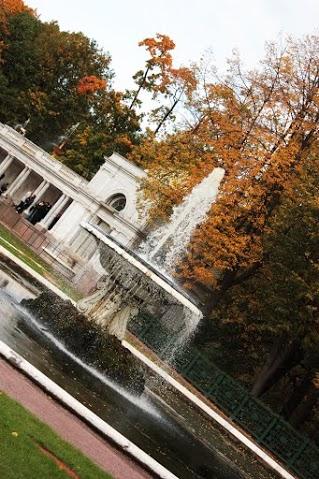 Парные фонтаны «Чаши». Автор: Peterburg.center