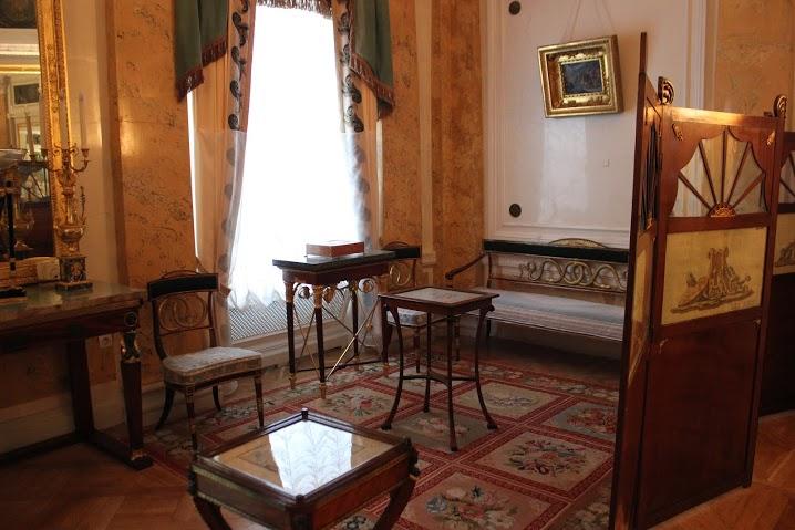 Большой дворец. Автор: Peterburg.center