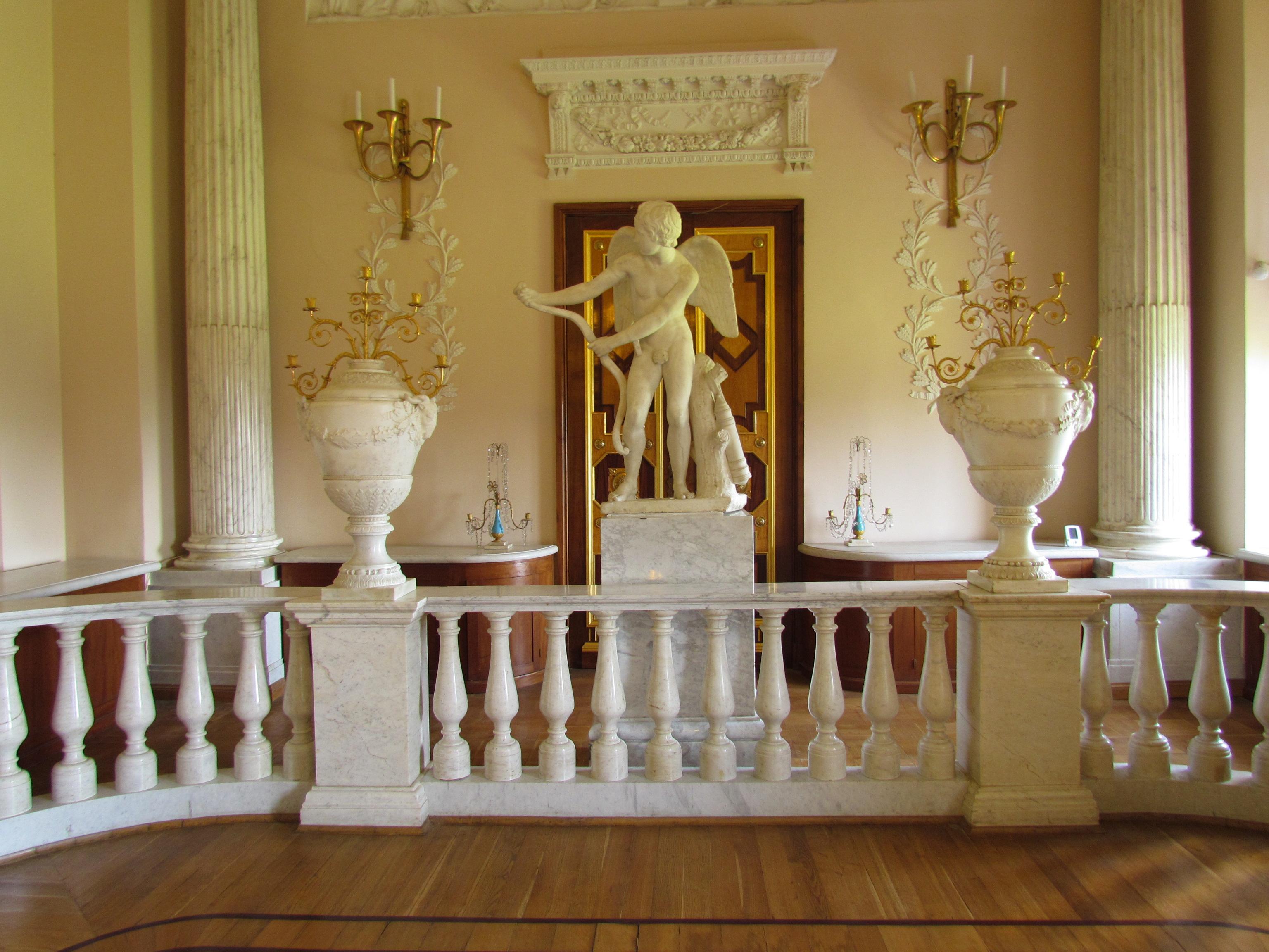 Дворы Государственного музея-заповедника «Гатчина»