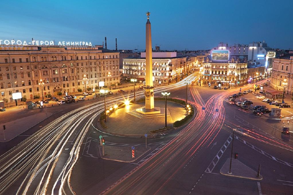 Площадь Восстания в Санкт-Петербурге. Фото: Ivan Smelov