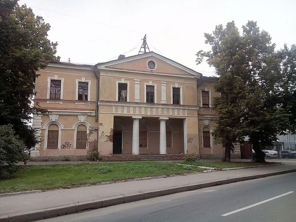 Караульный дом, 2015 г. Фото: Dlyauchebn (Wikimedia Commons)