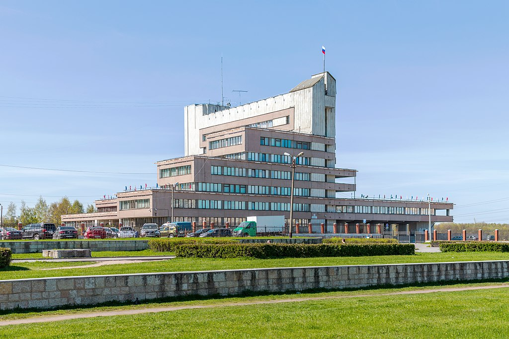Здание администрации Красносельского района. Фото: Alex 'Florstein' Fedorov (Wikimedia Commons)