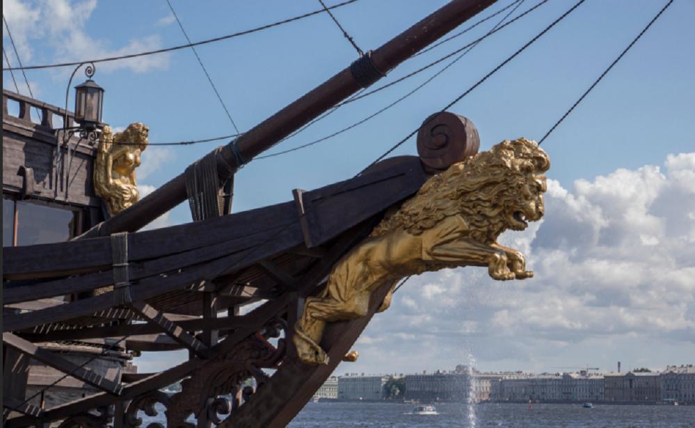 "Скульптура льва на носу парусника ""Летучий Голландец"". Автор фото: Дмитрий Казаков"