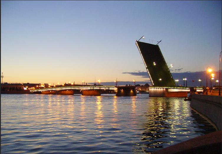 Литейный мост с подсветкой