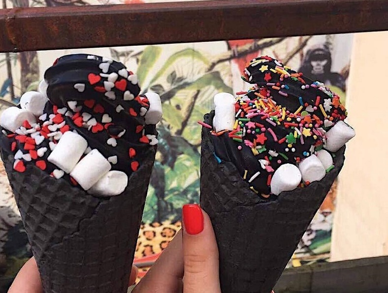 BLACK ICE CREAM (@iblackrediska). Автор фото: s_ony_a_16
