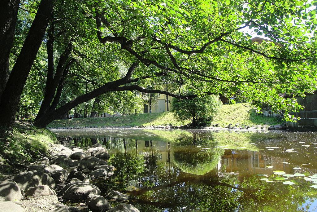 Лопухинский сад. Фото: Max A. Khlopov (Wikimedia Commons)