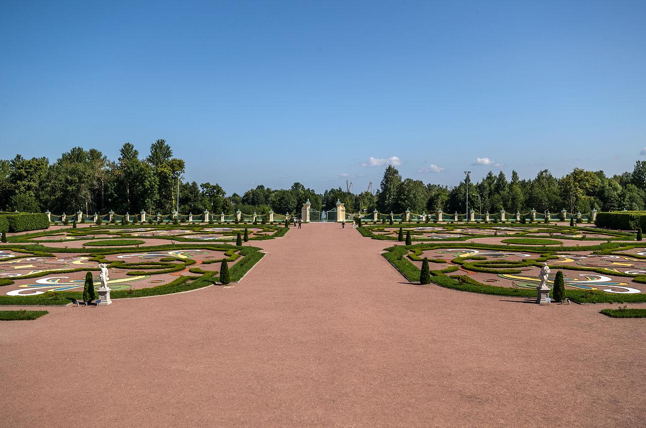 Нижний сад Ораниенбаумского парка. Автор фото: Florstein (WikiPhotoSpace)