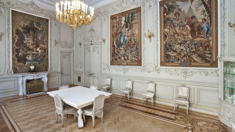 Малая столовая, источник фото: http://www.hermitagemuseum.org/wps/portal/hermitage/explore/buildings/locations/room/B10_F2_H188