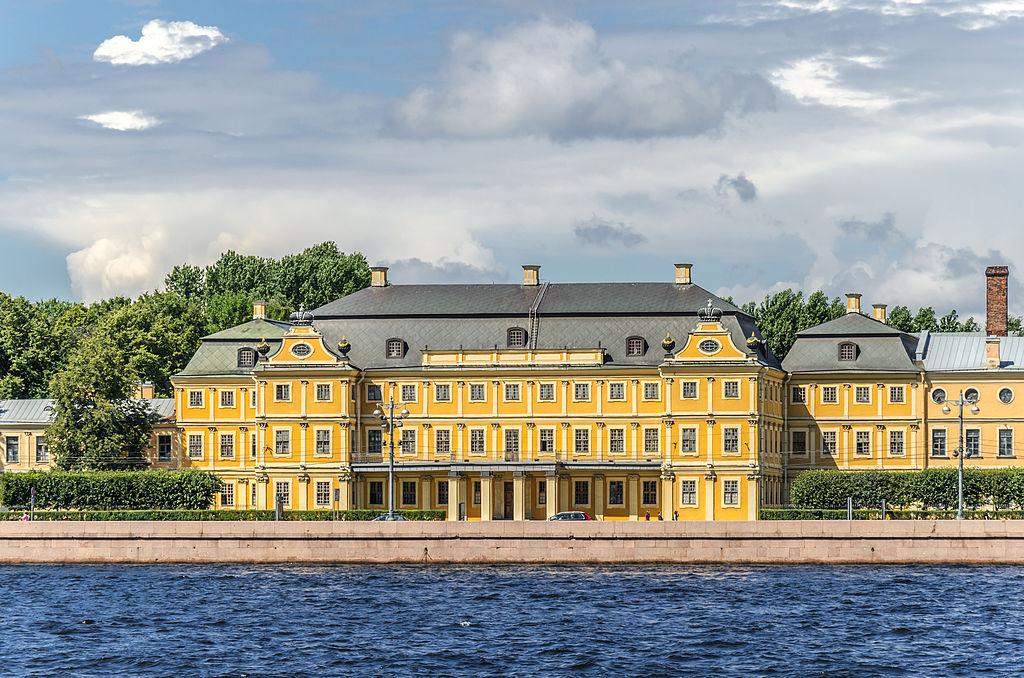Дворец Меншикова. Автор фото: Florstein (WikiPhotoSpace)