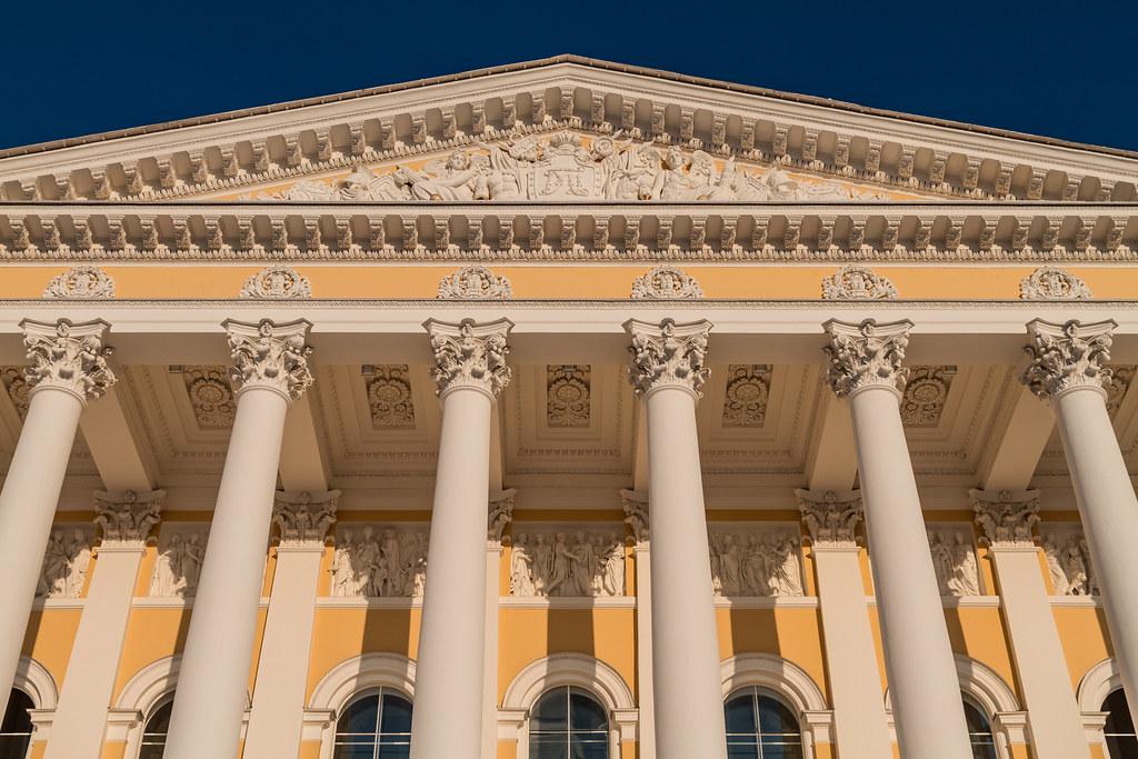 Михайловский дворец, фото с сайта Flickr.com