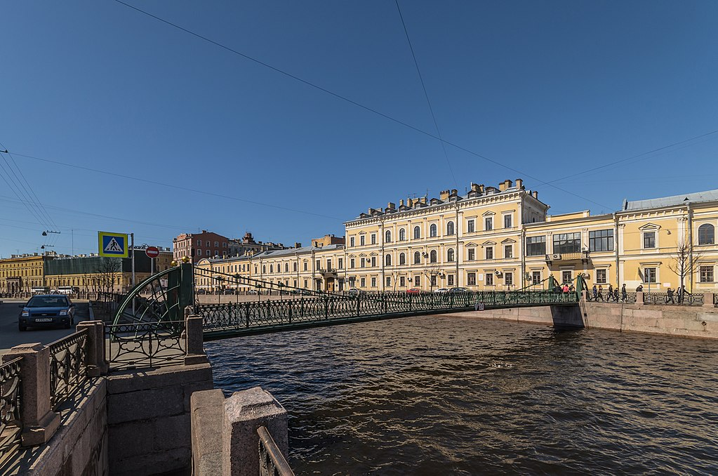 Мойка. Почтамтский мост. Фото: Alex 'Florstein' Fedorov (Wikimedia Commons)