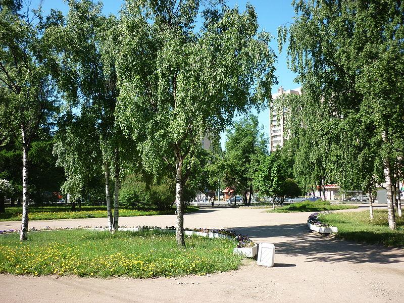 Сквер Блокадников, источник фото: Wikimedia Commons, Автор: Obersachse