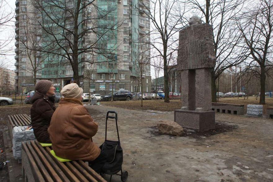 Памятник Иосифу Бродскому. Автор фото: Олег Золото