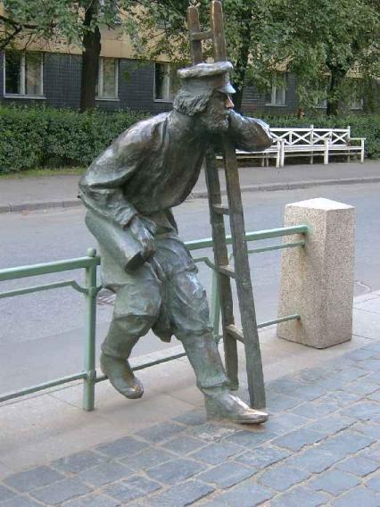 Памятник фонарщику. Фото В. Лурье с сайта http://www.petrograph.ru/