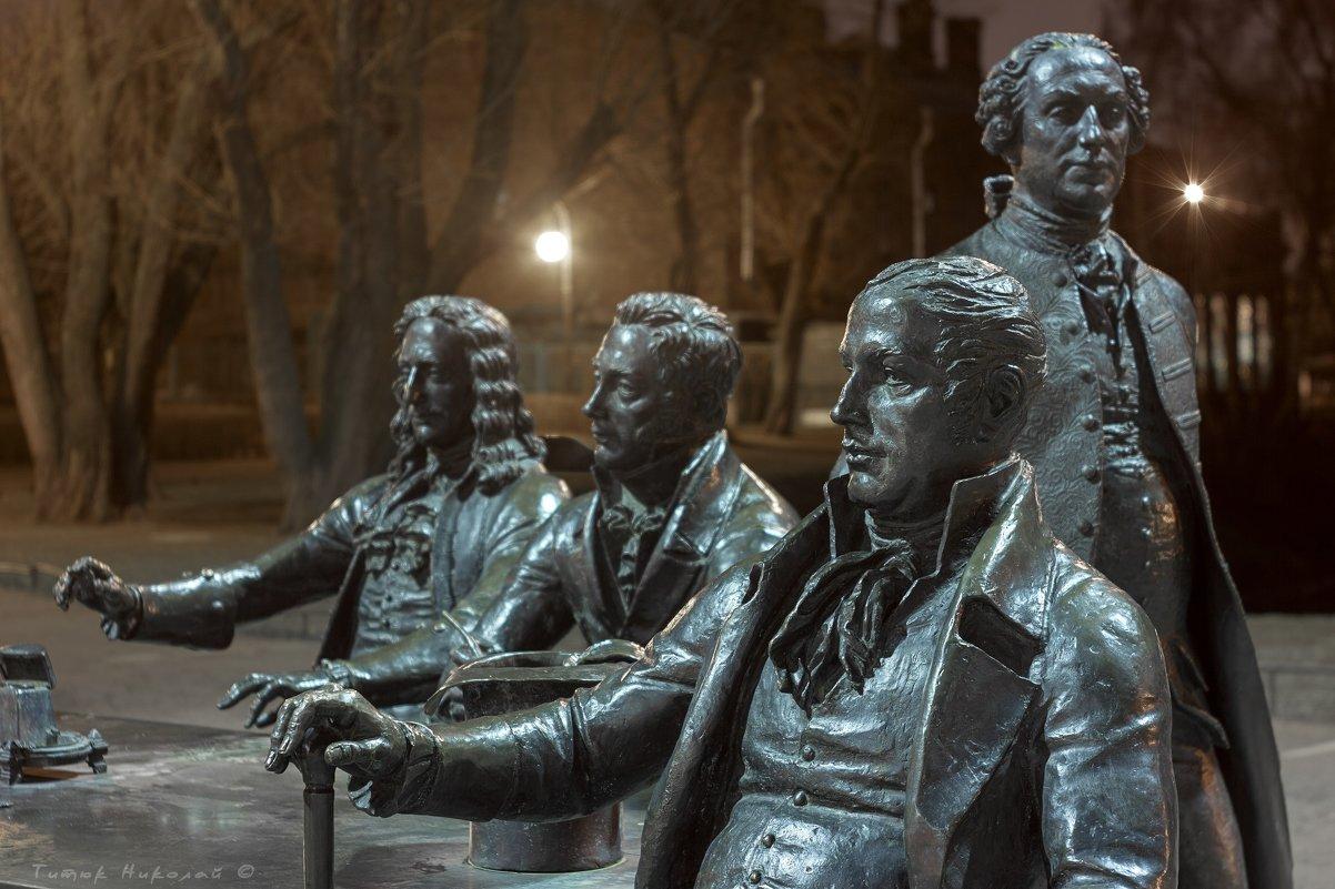"""Памятник """"Зодчие СПб"""". Фото: fotokto.ru"""