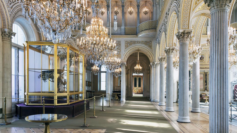 Павильонный зал, источник фото: http://www.hermitagemuseum.org/wps/portal/hermitage/explore/buildings/locations/room/B20_F2_H204