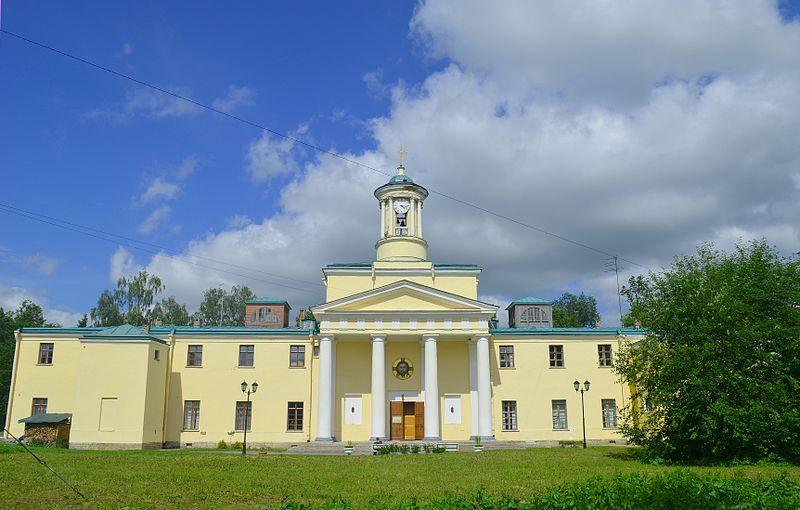 Церковь Святой Марии Магдалины с госпиталем и богадельней. Автор: GAlexandrova, Wikimedia Commons