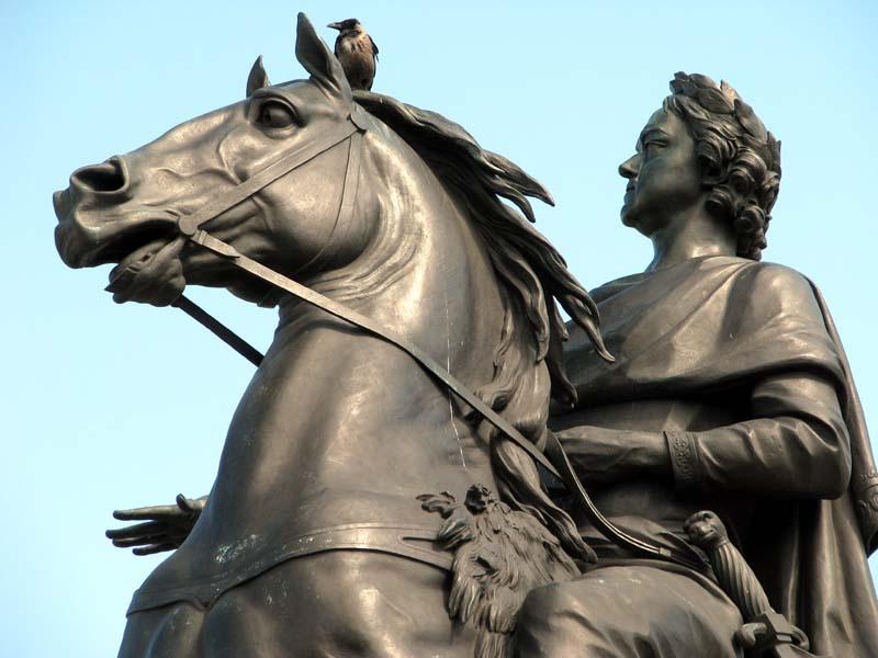 Памятник Петру I, фото с сайта Autotravel.ru