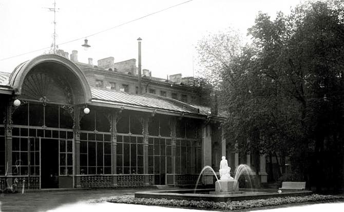Павильон (ресторан) и фонтан в Измайловском саду, 1938 г. Фото: citywalls.ru