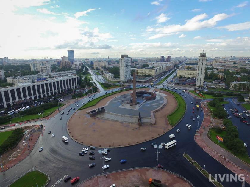 Площадь Победы, фото с сайта Living.ru