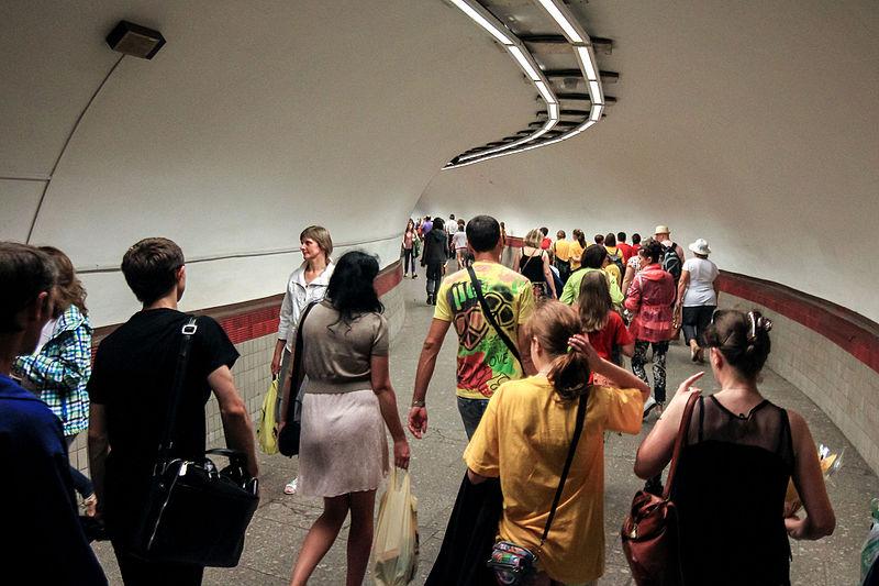 Площадь Восстания (станция метро, Санкт-Петербург).  Автор фото: Antares 610 (Wikimedia Commons)