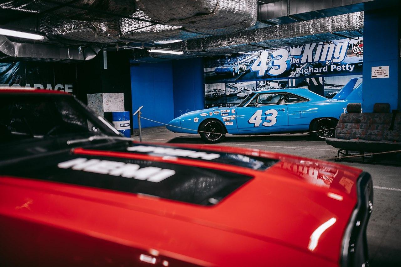 Retro Car Show - музей ретро автомобилей