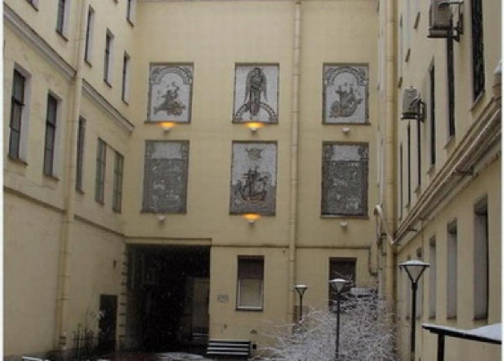 Дворы на улице Рубинштейна