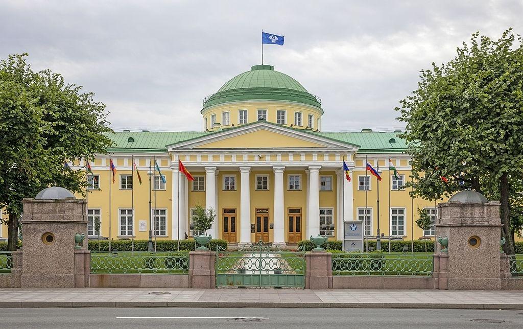 Таврический дворец. Фото: Godot13 (Wikimedia Commons)