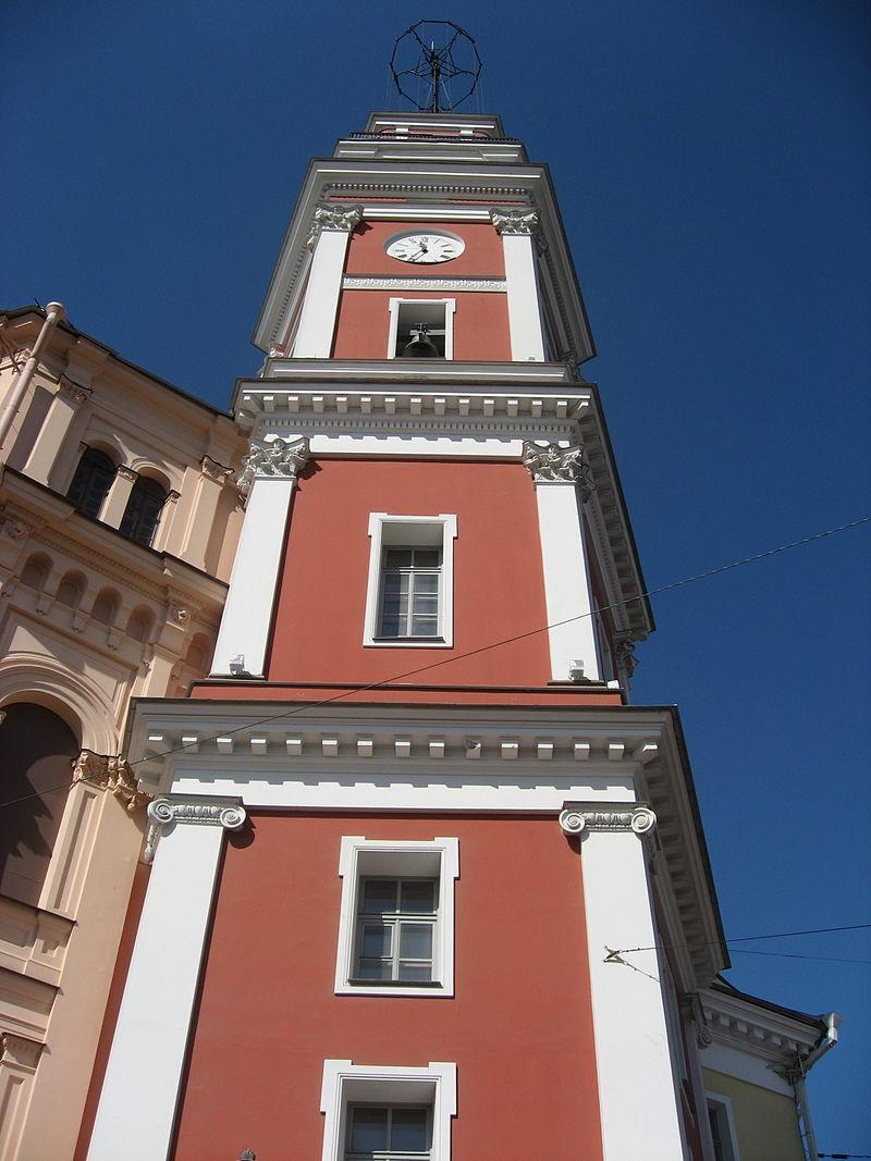 Башня Городской думы. Автор: Dezidor, Wikimedia Commons