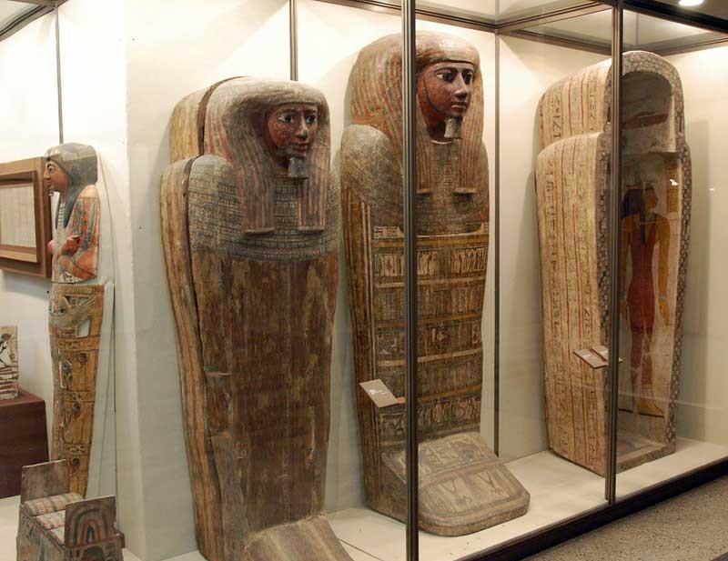 Саркофаги Древнего Египта, источник фото: http://spbfoto.spb.ru/foto/details.php?image_id=675