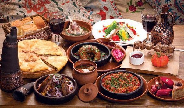 """Семейный ресторан """"Тётя Аида"""", источник фото: https://vk.com/aidafamily"""