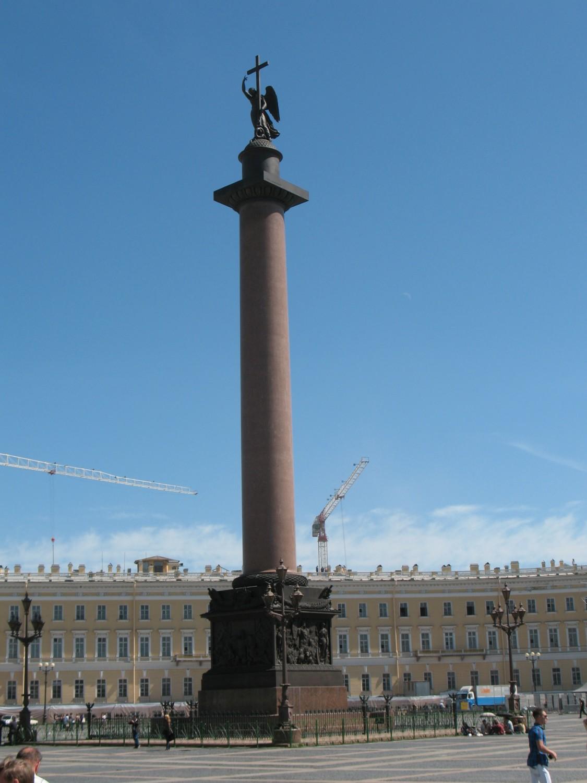 Александровская колонна. Александр Гирёв https://upload.wikimedia.org/