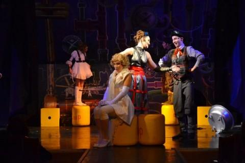 Мюзикл для детей «Все мыши любят сыр», источник фото: musichallspb.ru