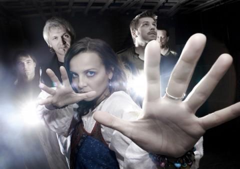 """Группа """"Маша и Медведи"""", источник фото: vipartist.ru"""
