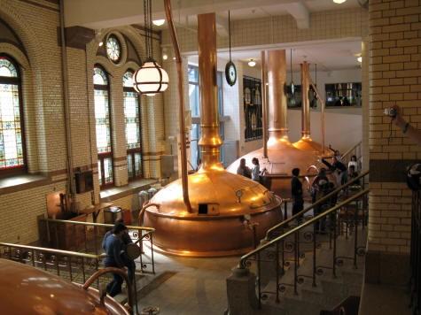 Heineken Brewery, Amsterdam Holland, источник фото: http://amsterdamholland.ca/attractions/heinekenbrewery.html