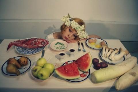 "Фильм ""Маргаритки"", режиссёр Вера Хитилова, источник фото: http://www.kinovoid.com/2015/10/sedmikrasky-margaritki-1966.html"