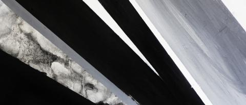 Софья Мироедова. Black Geometry, источник фото: http://msp.today/event/vistavki/sofya-miroedova-black-geometry/