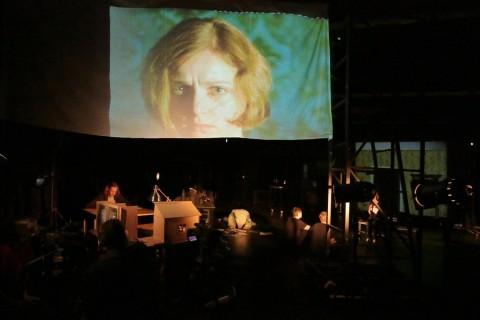 "Спектакль ""Чук и Гек"", источник фото: http://new.alexandrinsky.ru/afisha-i-bilety/chuk-i-gek/"