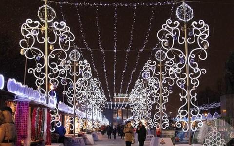 Рождественская ярмарка, источник фото: http://www.visit-petersburg.ru/ru/event/899/