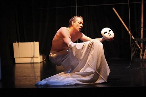"""Международный фестиваль моноспектаклей """"Монокль"""", источник фото: http://baltic-house.ru"""