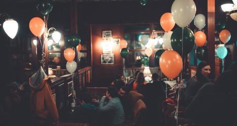 Английский паб Bristol pub, источник фото: http://www.megakupon.ru/deal/93590?utm_campaign=spb&utm_medium=cpc&utm_source=kudago&ref=57a0d096d70a4