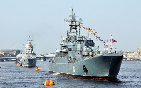 Летний военно-морской парад в этом году пройдет в Кронштадте, источник фото: https://vk.com/spb_piter?z=photo-37437348_456246398%2Falbum-37437348_00%2Frev