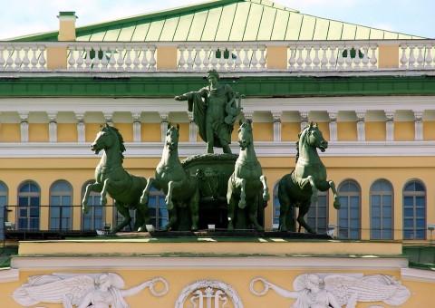 Санкт-Петербург Мариинский Театр, источник фото: https://pixabay.com/ru/россия-санкт-петербург-1171263/