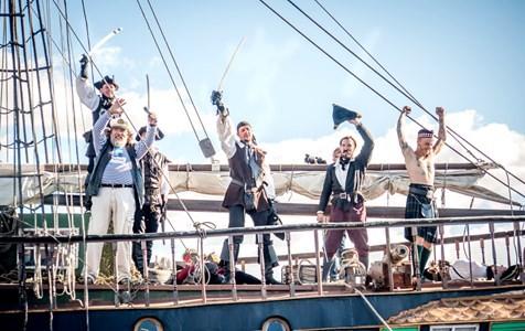 Балтийский морской фестиваль, источник фото: www.arrivalguides.com